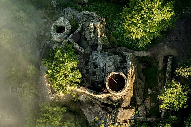 Frýdštejn, hrad, krajina