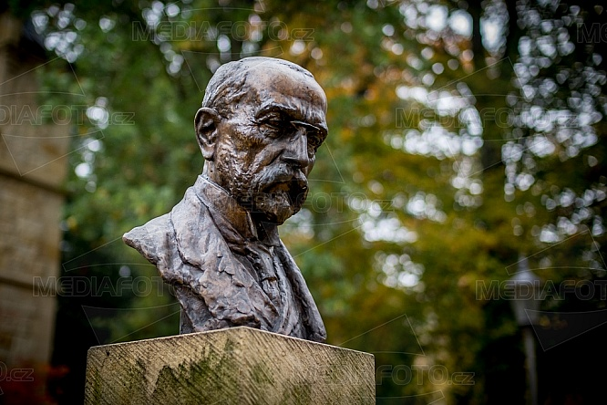 Socha, busta, bysta, TGM, Tomáš Garrigue Masaryk