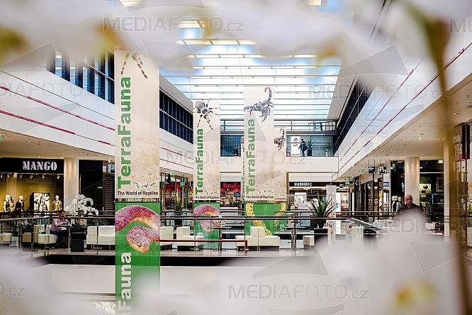 Arkády Pankrác, Obchodní centrum, OC