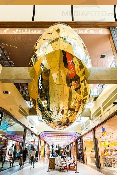 OC Nisa, obchod, nákupní centrum, loď