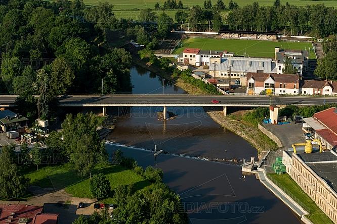 R35, most, Jizera, gumový jez, Turnov, letecky