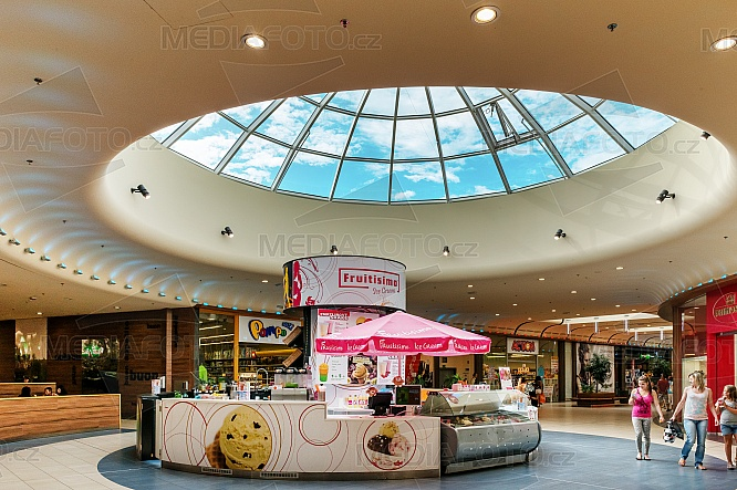 OC Nisa, obchod, nákupní centrum, Fruitisimo