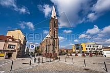 Kostel Nanebevzetí Panny Marie a sv. Václava, Kralupy nad Vltavou