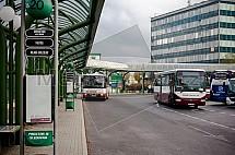Autobusové nádraží, nástupiště, autobus, doprava, Liberec