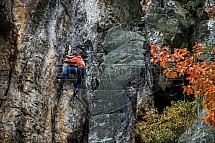 Horolezec, Suché skály