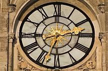 Liberec, čas, hodiny, ciferník, radnice