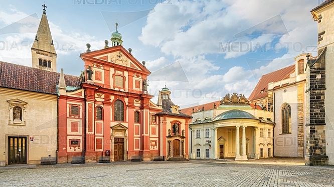 Bazilika sv. Jiří, Pražský hrad
