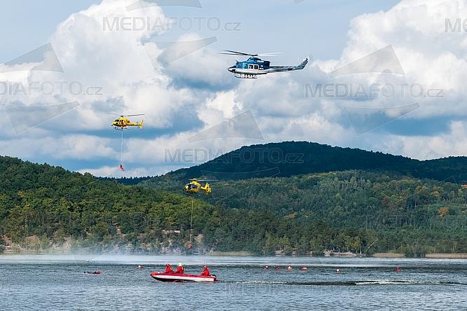 Cvičení IZS, člun, vrtulník