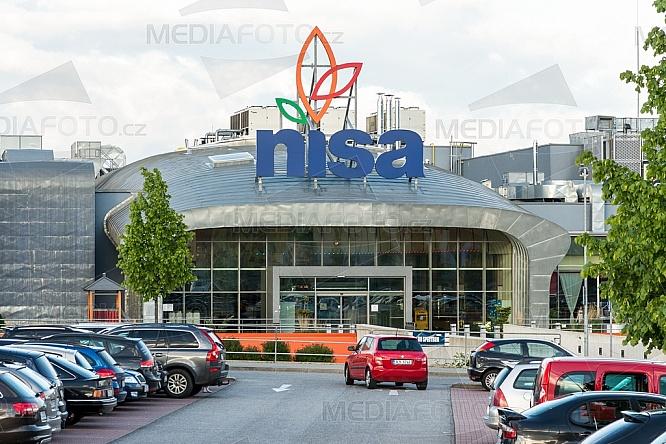 Nisa, obchodní centrum