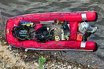 Nafukovací člun, potapěči, vybavení