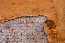 Zeď, omítka, oprýskaná