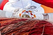 Vnitřek horkovzdušného balonu