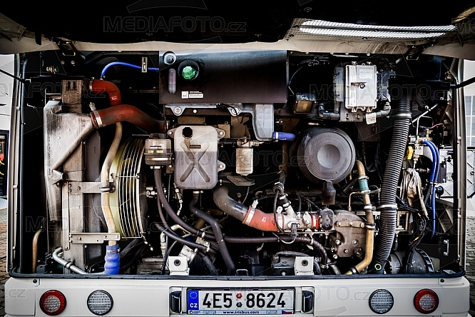Motor, autobus