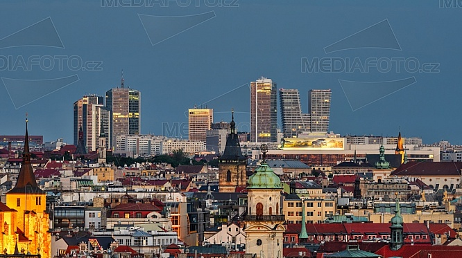 Corinthia Hotel, Panorama Hotel, V-Tower, Praha.