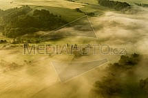 Český ráj, krajina, ráno, mlha