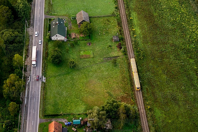 Doprava, kamion, vlak, železnice, silnice
