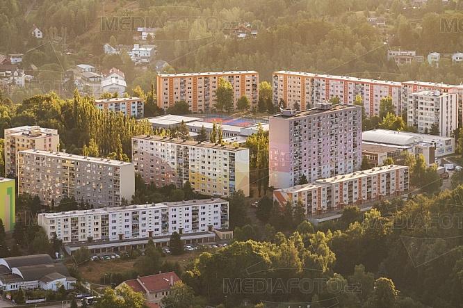 Sídliště Kunratická, Liberec, letecky, budova