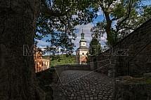 Černá věž, Loket