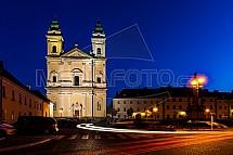 kostel Nanebevzetí Panny Marie, Valtice, náměstí Svobody