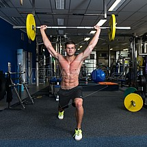 David Klíma, posilovna, fitness, trénink, činka