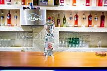 Bar, alkohol, voda