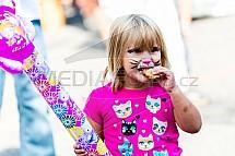 Dítě, kočka, jídlo, stravování, bramborák