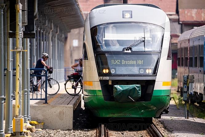 Nádraží, vlak, Drážďany