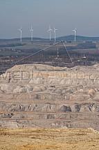 Důl, uhlí, Turów, větrná elektrárna