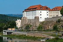 Nábřeží Maxipsa Fíka, hrad, Kadaň
