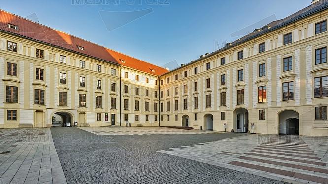 II. nádvoří Pražského hradu