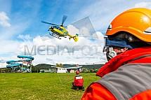 Vrtulník, helikoptéra, EC135, cvičení IZS, záchranář