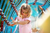Dítě, prolézačka, atrakce, hřiště, zábava