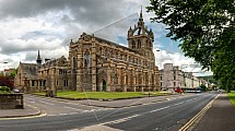 Kostel, Perth
