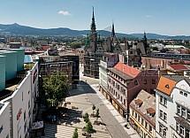 Liberec, radnice, Plaza, 5. května