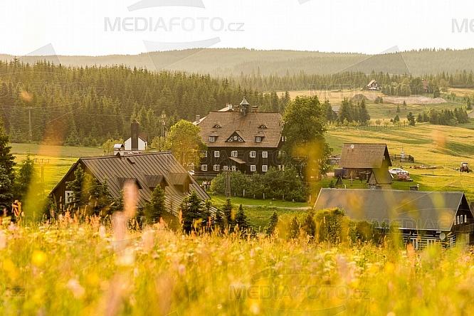 Jizerka, hotel, Panský dům