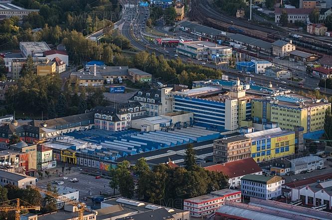 Babylon Liberec, letecky