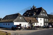 Jizerka, Panský dům, chalupa, restaurace