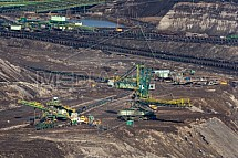 Hnědouhelný důl a elektrárna Turów
