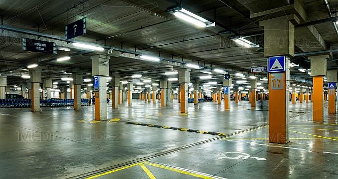 parkoviště, kryté