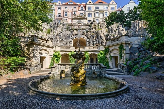 Havlíčkovy sady, Kašna s Neptunem, Praha.