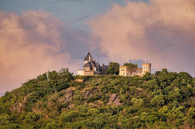 Hrad Doubravka, Teplice