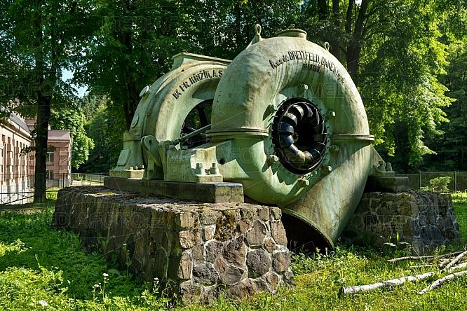 Vodní elektrárna, Spálov, turbína