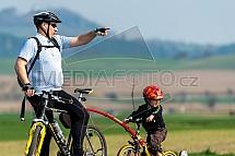 cyklista, cykloturista, otec, rodič, dítě, kolo