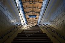Nádraží, podchod, schody