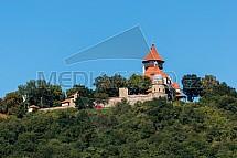 Rozhledna a hrad Hněvín, Most