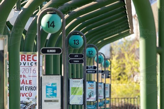 Nástupiště, autobusové nádraží