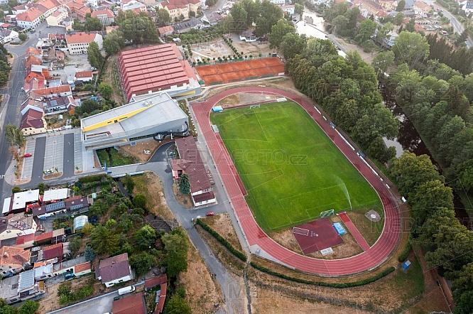 Atletický ovál a fotbalový stadion, Sušice