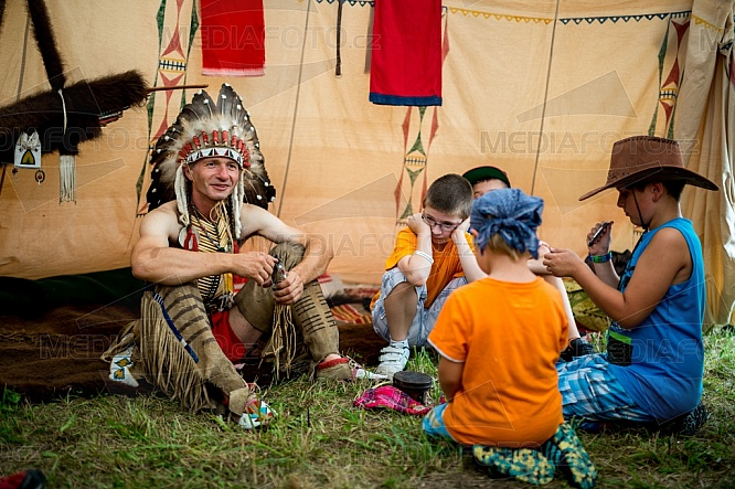 Indián, tee-pee, děti, zábava, hra