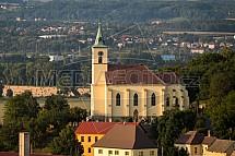 Kostel sv. Filipa a Jakuba, Všen