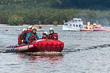 Cvičení IZS, záchranář, sahiči, loď, člun